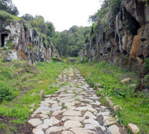 La via Clodia ed i tracciati etruschi